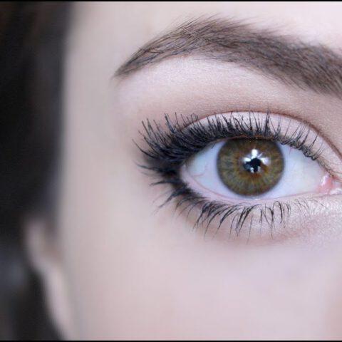 Hoe laat je jouw ogen er groter uitzien met make-up? Ik ben erachter!